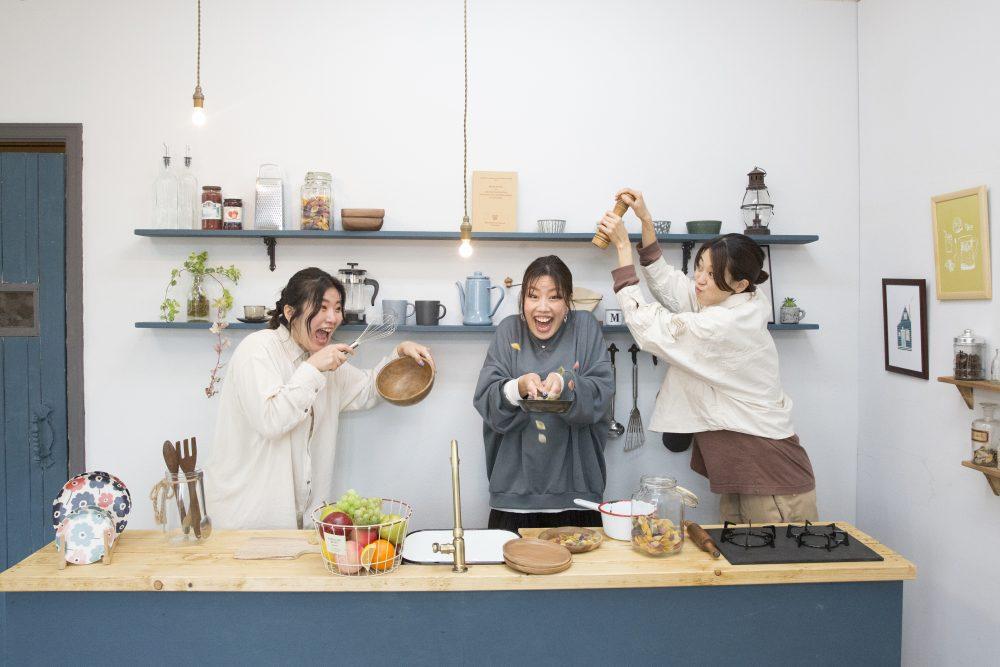 スタジオホーム鎌倉店のスタッフの写真。